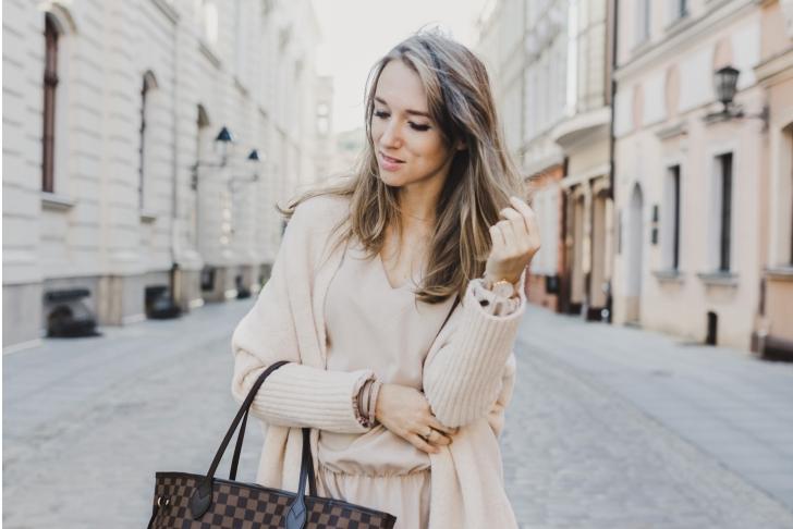 12.09.2017. Bydgoszcz . Beata Bujanowska , blogerka modowa '' My way of '' . Fot. Arkadiusz Wojtasiewicz